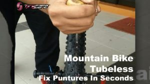 Mountain Bike Tubeless Tire Apply Tire Sealant